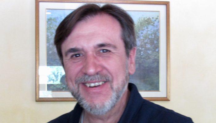 Obituario. Antonio Gonzalez García-Abad, Tono