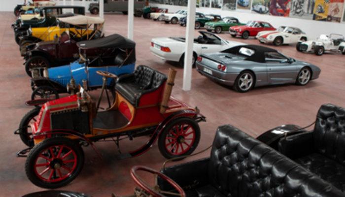 Subasta de vehículos clásicos e históricos